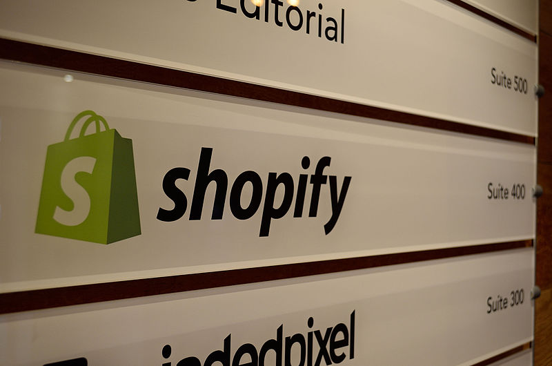 Shopify-online-ecommerce-business